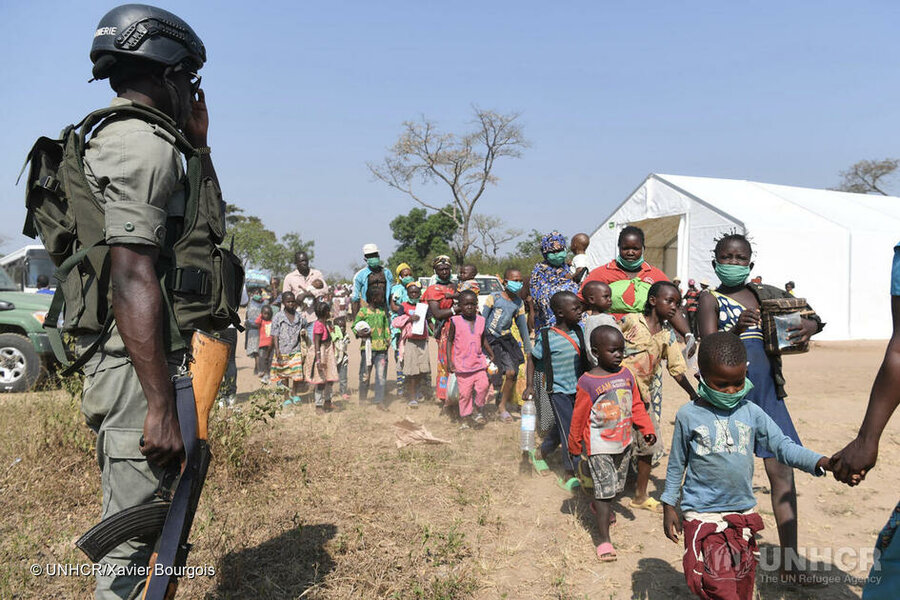 Cameroon. CAR refugees influx